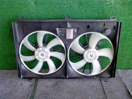 Диффузор радиатора Lexus LS460
